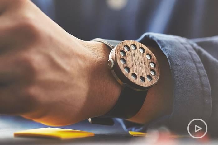 木质表盘手表:换种方式感受时间