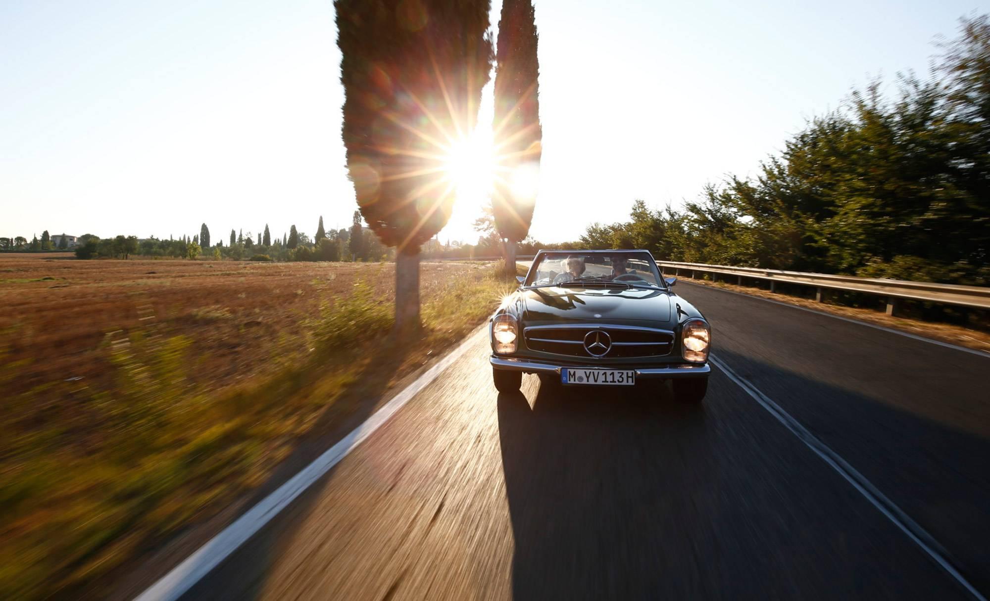 mercedes-benz-classic-car-travel-gessato-10