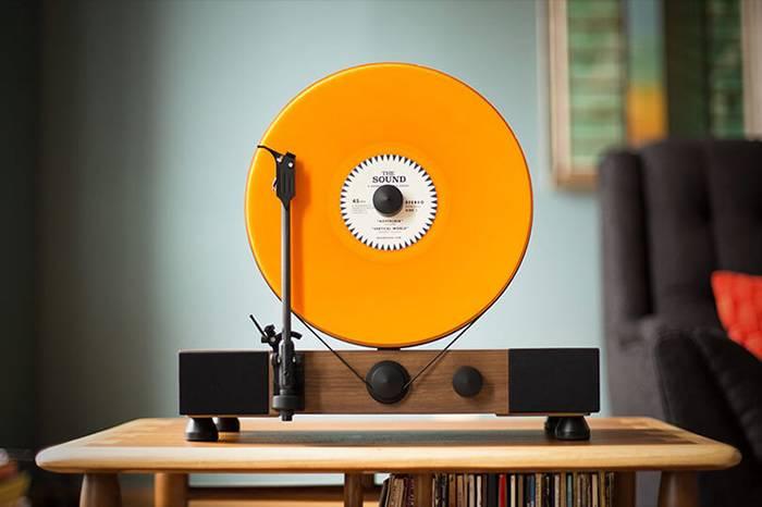 垂直式唱片机  炫示你珍藏多年的黑胶唱片