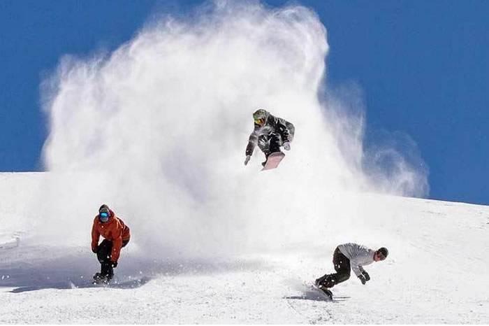 视频:这群年轻人给自己放了个无尽的假期去6个国家滑雪