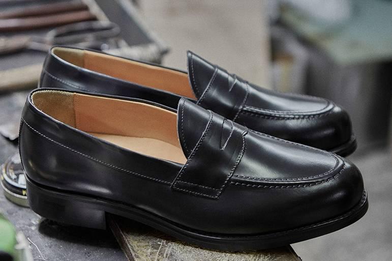 视频:韩国制鞋匠人的初心 做一双超性价比的乐福鞋