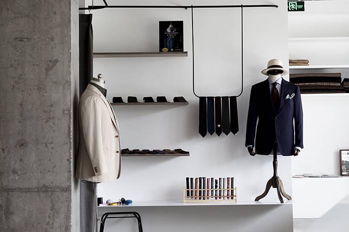 简约灰白二色贯穿整个空间 探访北京西装定制品牌Principle M新展厅