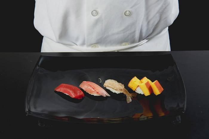 全球顶级寿司大师Daisuke Nakazawa的料理心法