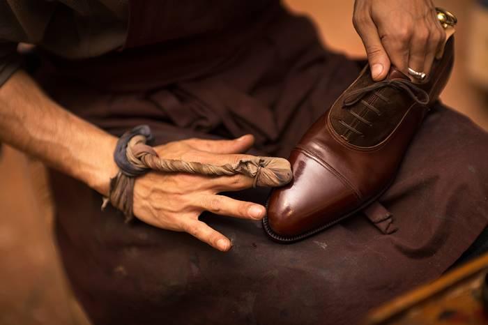 专业级教程!皮鞋的清洗保养高级护理