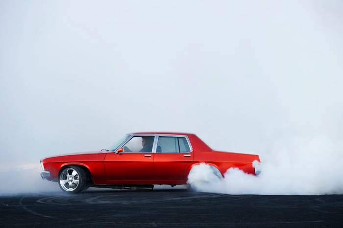 速度与激情中燃烧着荷尔蒙 澳洲摄影师镜头里飙车党的世界