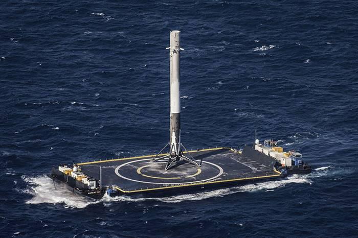 爆炸大合集!看看SpaceX 的每次凄惨着陆失败