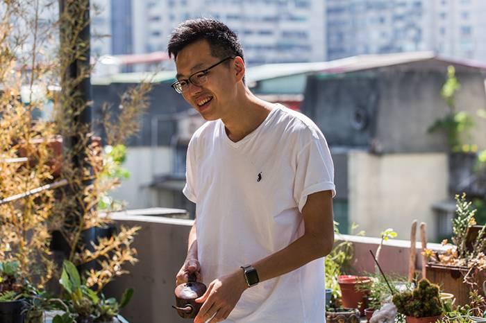 这位全职奶爸坚持推进着台湾的艺术发展 家才是他背后的原动力