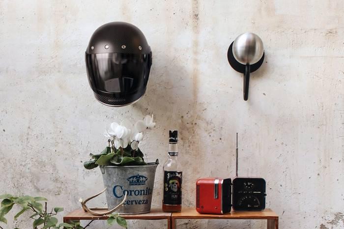 HALLEY公司发布硬汉头盔收纳架,让家中充满热血机车元素