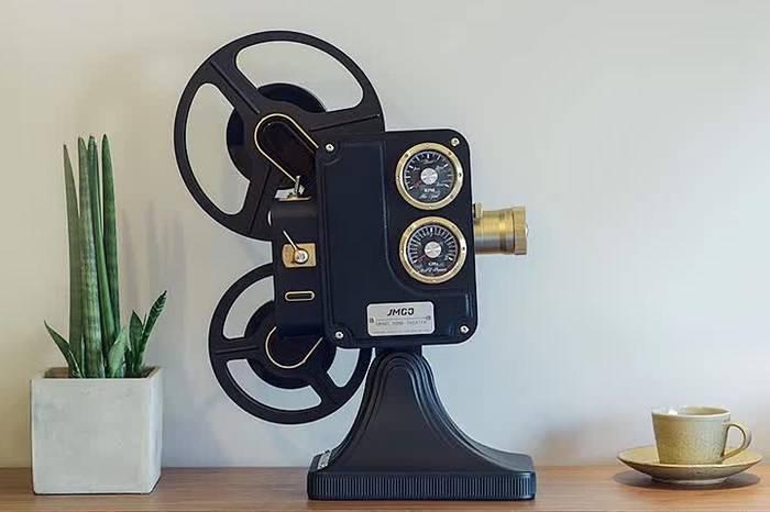 值得收藏的一款复古投影机,连冯小刚都想用它看芳华!