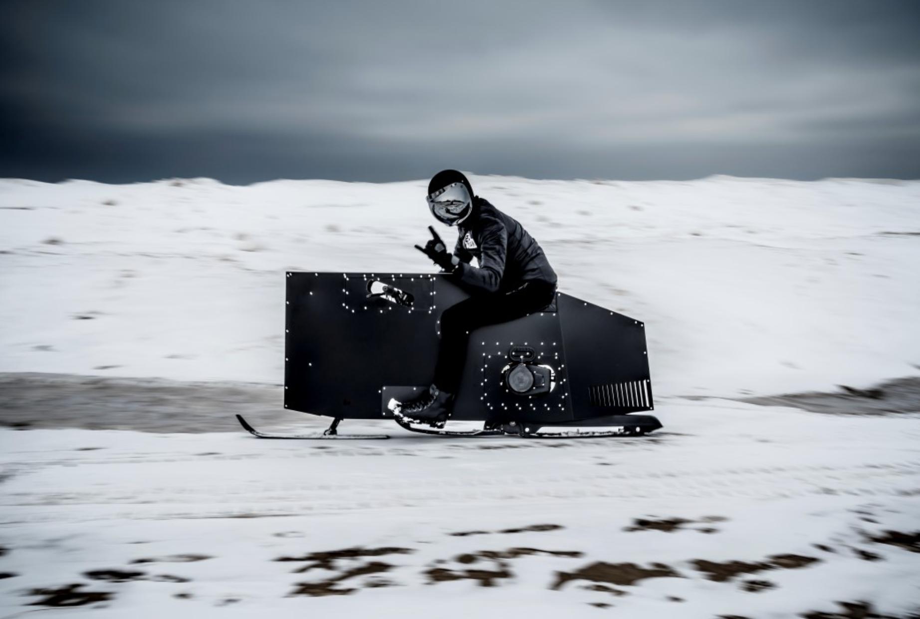 J.RUITER工作室打造未来雪地摩托车,《星球大战》在它面前也不过如此