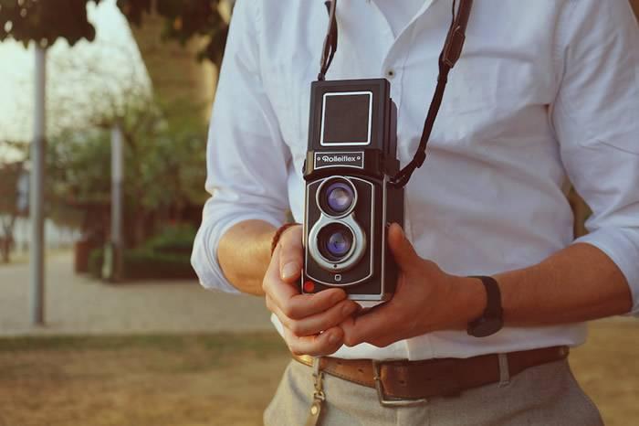 禄来时隔58年情怀回归 这次竟出了款Rolleiflex拍立得!