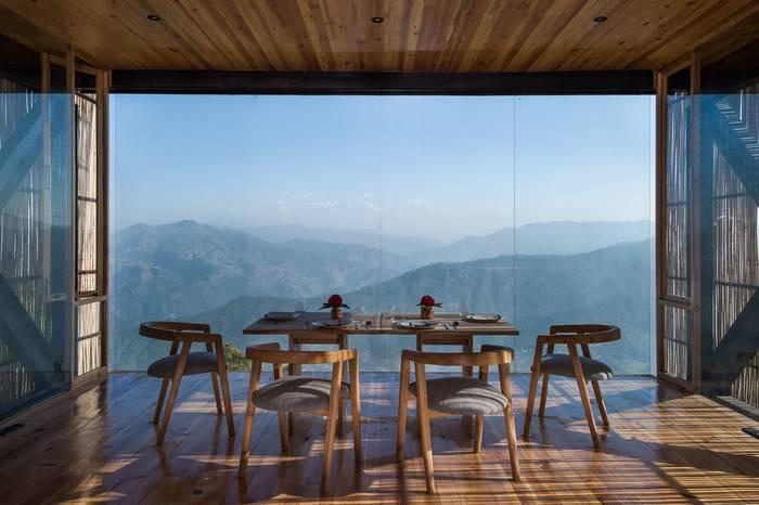 印度The Kumaon奢华酒店,睡在喜马拉雅山脉上的云顶之尖