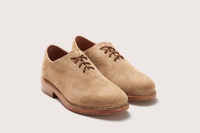低调率性之余还有点与众不同 FEIT麂皮复古牛津皮鞋