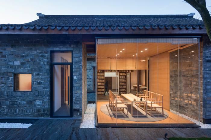 南京古宅再改造 藏身于农村中的砖墙极简之家