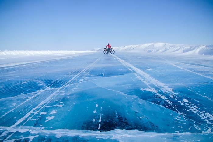 纪录片《THE FROZEN ROAD》,我用了3年时间把单车骑到了北极!