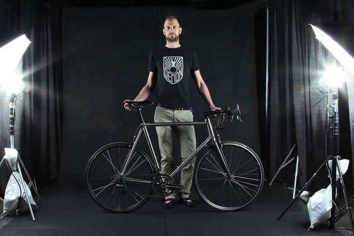 它是自行车里最朋克邪典的品牌,而真正的魔鬼都在细节里