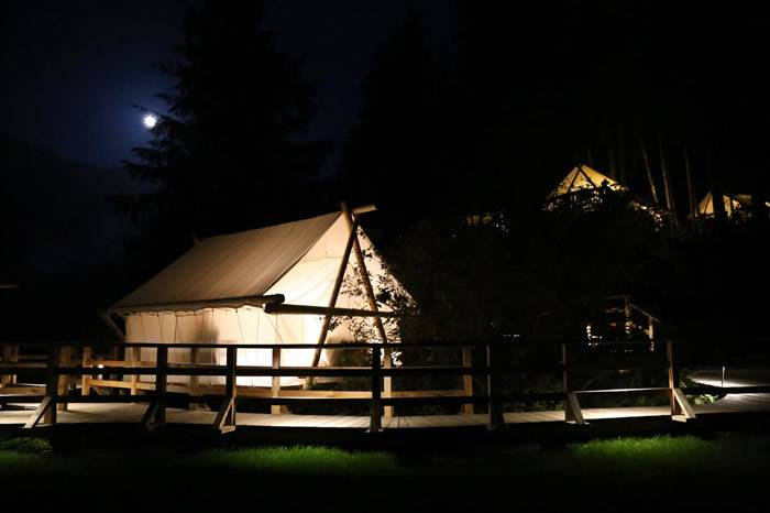 加拿大克里阔特荒野度假村,当之无愧的全球顶级豪华露营酒店