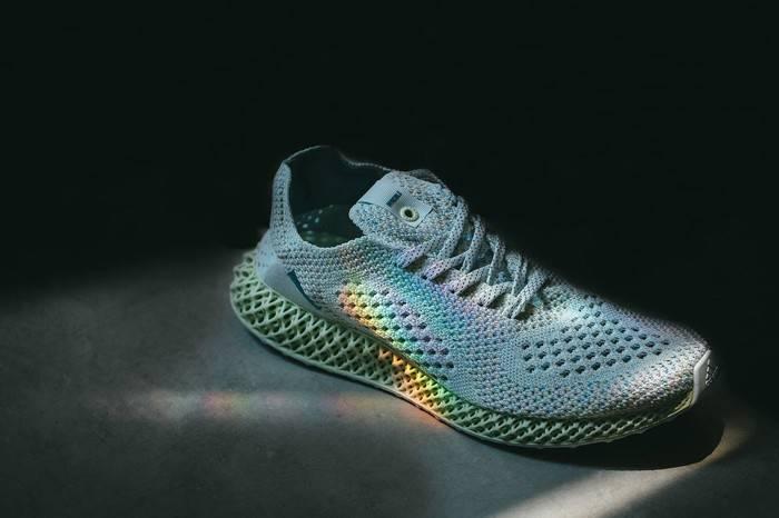 INVINCIBLE x adidas推出重磅4D联名鞋款,当最新科技遇到自然法则