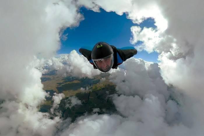 无剪辑版翼装极限飞行,才是运用GoPro的最高境界
