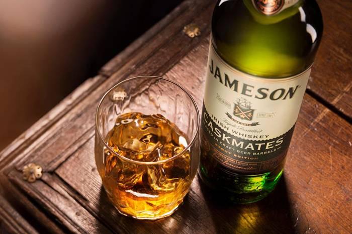干了这杯爱尔兰威士忌,在欧洲的尽头来一场微醺之旅