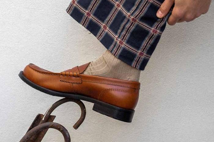 College释出2018秋冬Loafer Shoes型录,感受70年代的复古气息