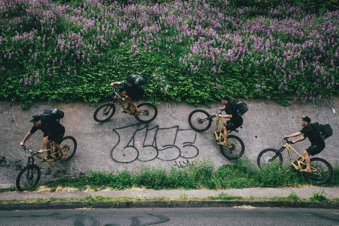 Chrome Industries带你逃离都市噪音,骑向梦中的巴比伦花园