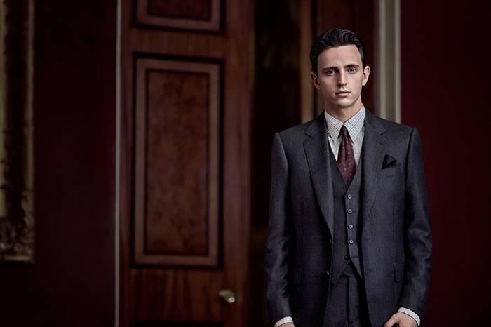 领带是一个人品味的体现,也是西服的表情包