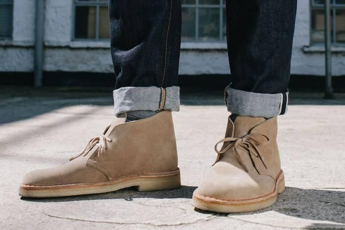 为何Clarks沙漠靴成为了男士衣橱中的必备鞋款?