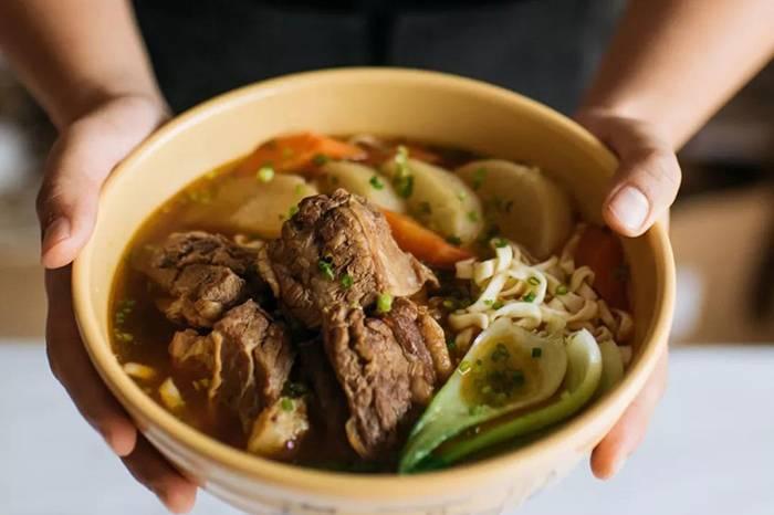 泡面小食堂   如何煮一碗真实的红烧牛肉面?
