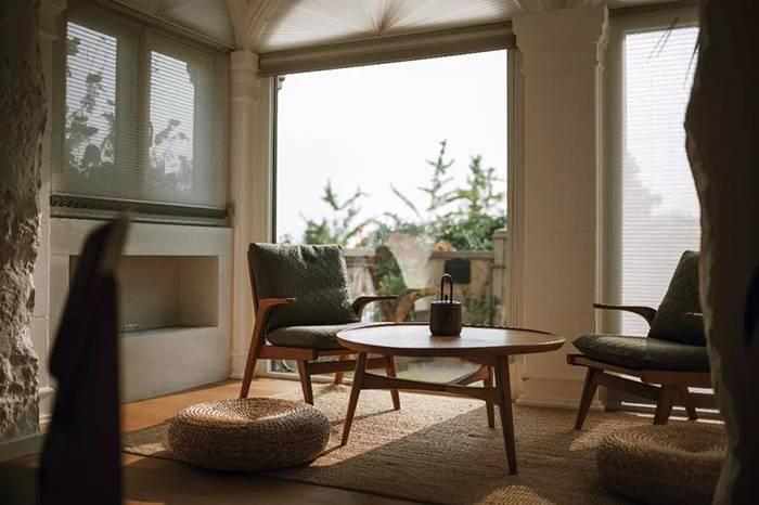 工作室与住宅的巧妙融合,杭州网络红人管阿姨的避世空间