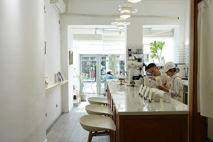 Onirii Coffee:希腊梦境之神,一尘不染的咖啡空间