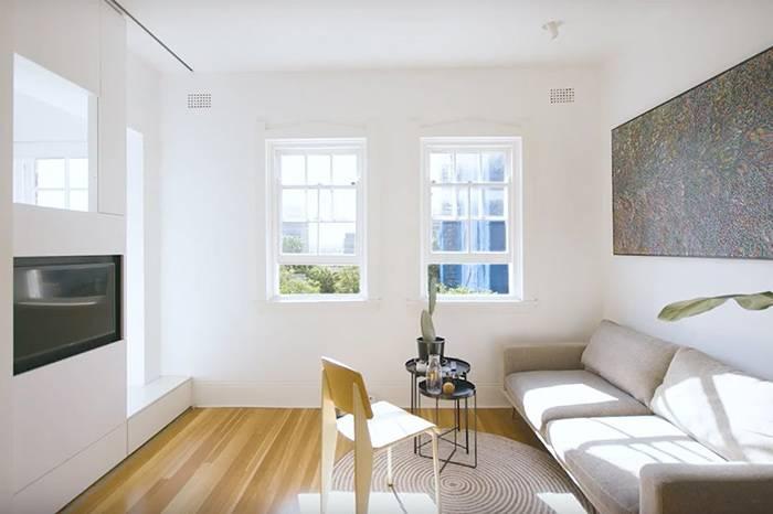 建筑师Brad Swatz在遗产保护的基础上,改造了27㎡多功能一居室