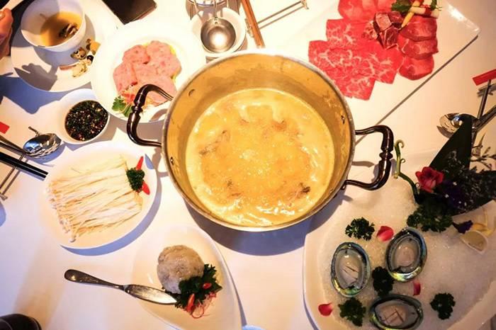 上海富公馆火锅:一千元一顿的火锅,怎么吃出高级感