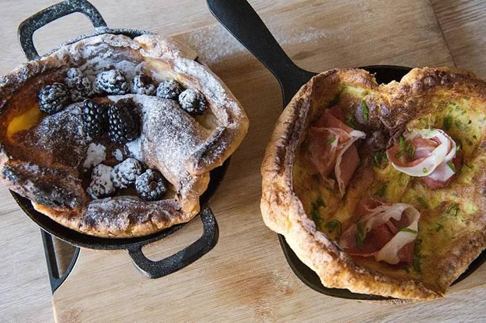 枫糖黑莓还是葱香火腿,早餐吃哪种口味的松饼?