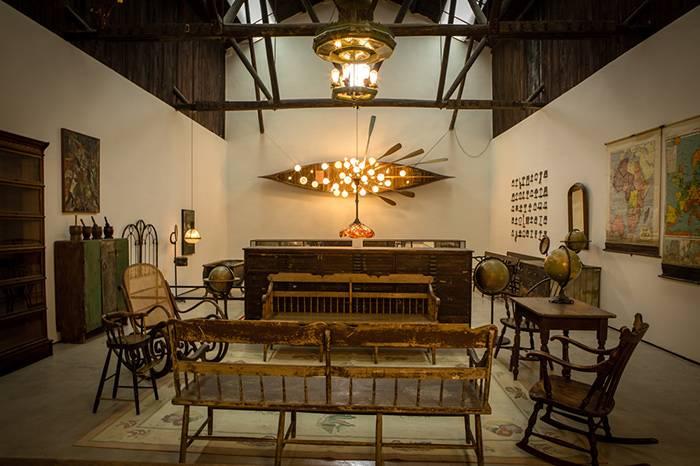 中国最好看的工业古董灯展在杭州举行, 艺术家Fey独家分享收藏经历