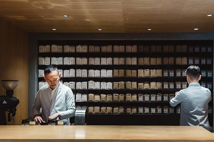 """日本涉谷的""""咖啡中药铺"""",店内提供超过30种咖啡豆"""