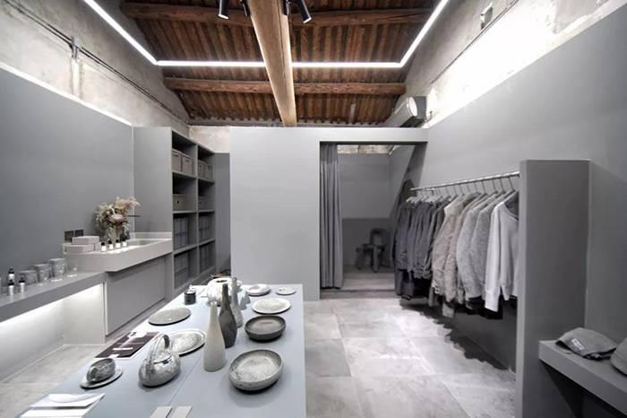 """北京这两家选物店铺,收集了世界各地的""""好白""""与""""好灰"""""""