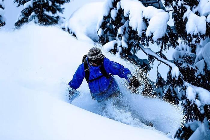 如何在滑雪时穿的和藤原浩一样高级?