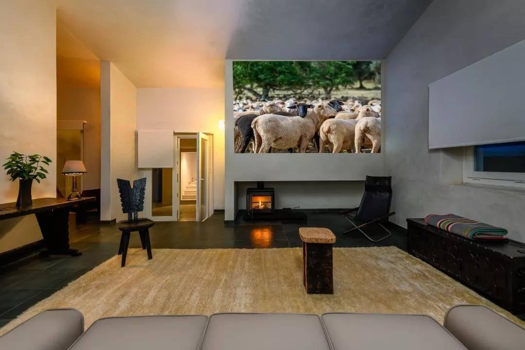 爱马仕主管开的民宿, 极简主义簇拥的高级感