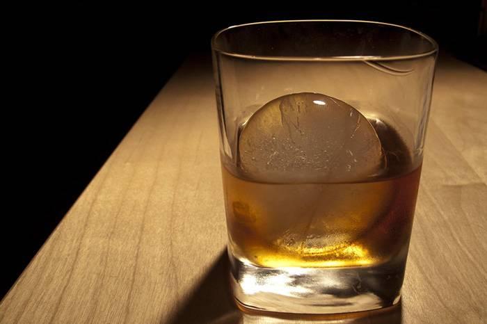喝威士忌加不加冰,这颗世界顶级的ICE给你答案
