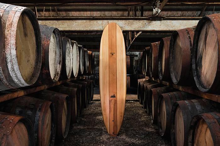 关于威士忌的奇闻趣事,白橡木酒桶也能做冲浪板