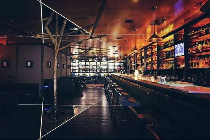 赋格:北京市内一个呈现酒、音乐和信仰的优雅空间