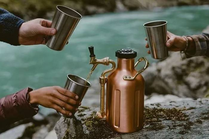 为啤酒爱好者准备的好玩意儿,在野外与逍遥碰杯