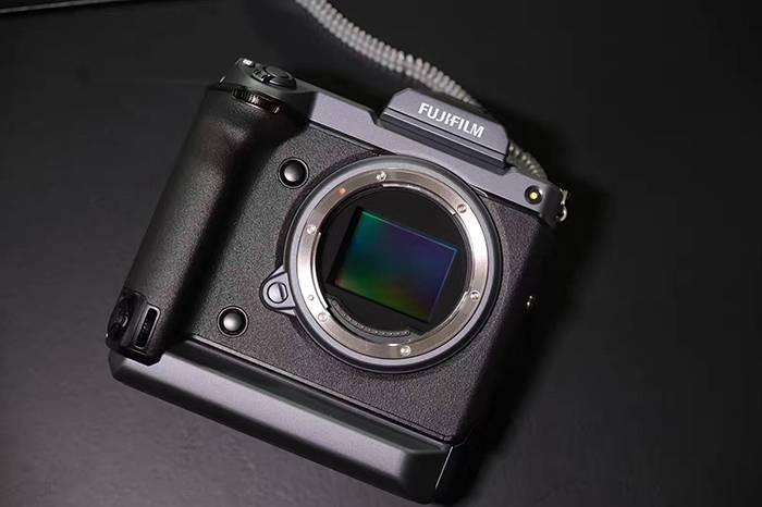 一亿像素的富士GFX100,一款可以拍出电影胶片感的中画幅数码相机