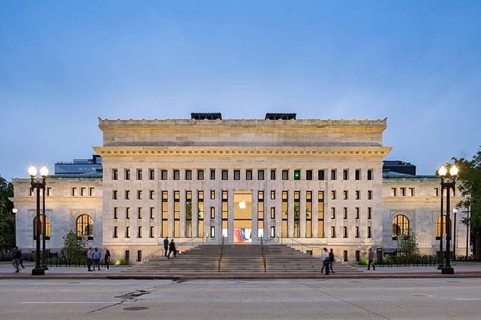 百年图书馆变身Apple旗舰店,打造献给众人的自由空间