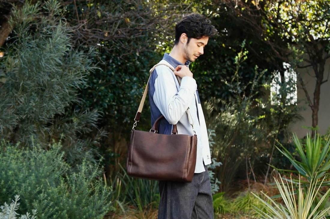 经久不衰的日常好物,土屋鞄製造所推出Tone OilNume系列皮革包
