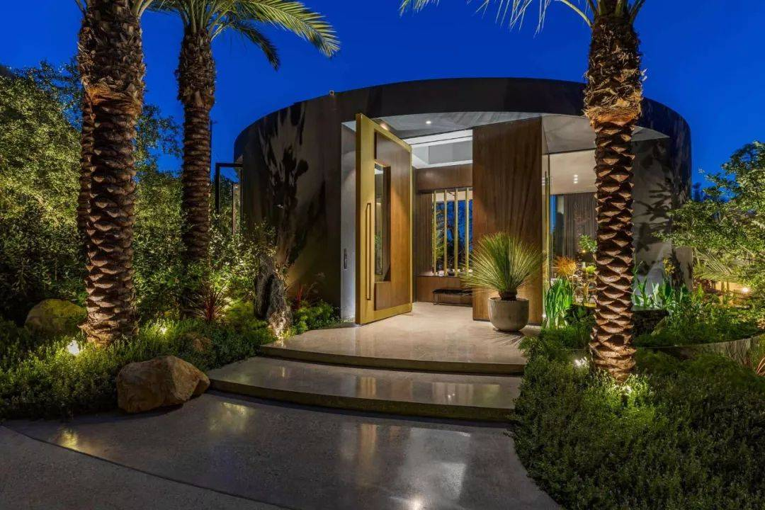1㎡ 卖 14 万的别墅,居然是这种清新的奢华感!