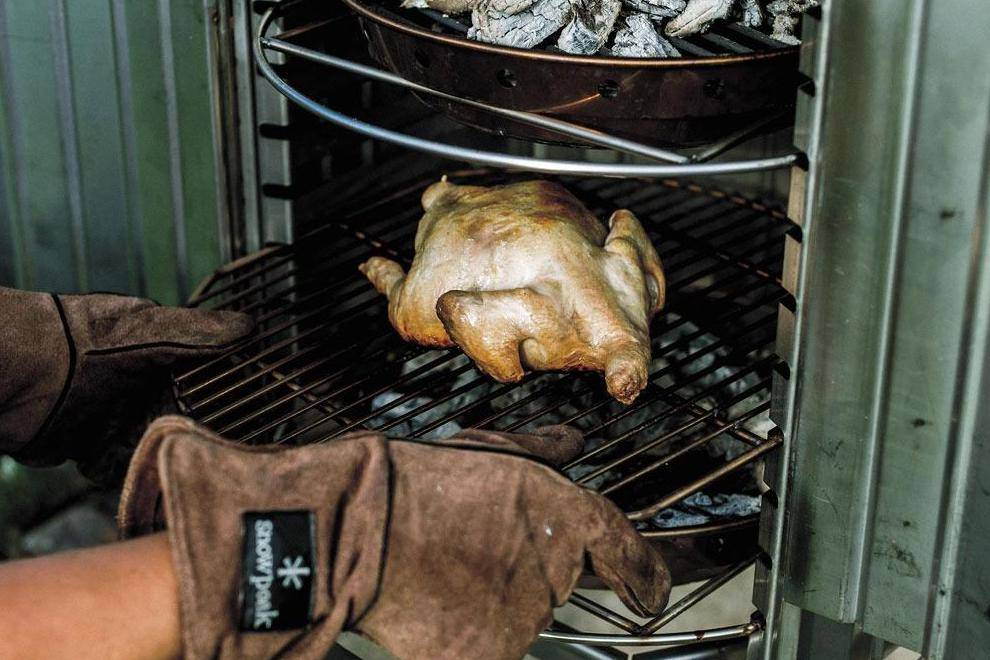 有了snow peak这款多功能烧烤架,随时都能来一场让人垂涎的BBQ Party