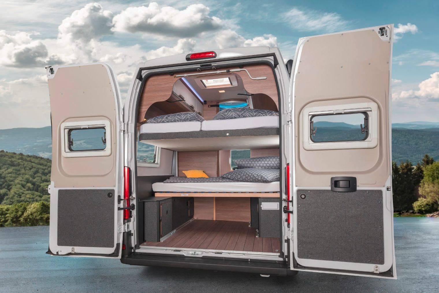 这辆露营面包车,能解决多人出游房车不够睡的难题