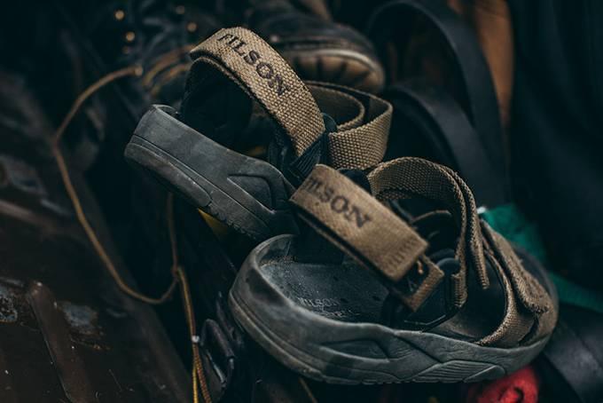 Filson x Merrell联手打造技术凉鞋,让你即便在崎岖山路也能如履平地
